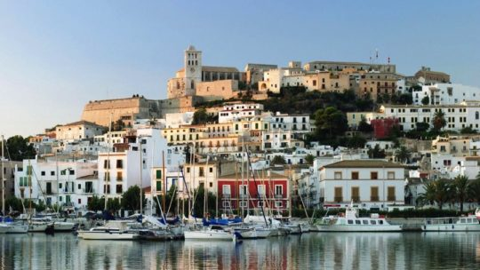 Virée à Ibiza, où dormir ?